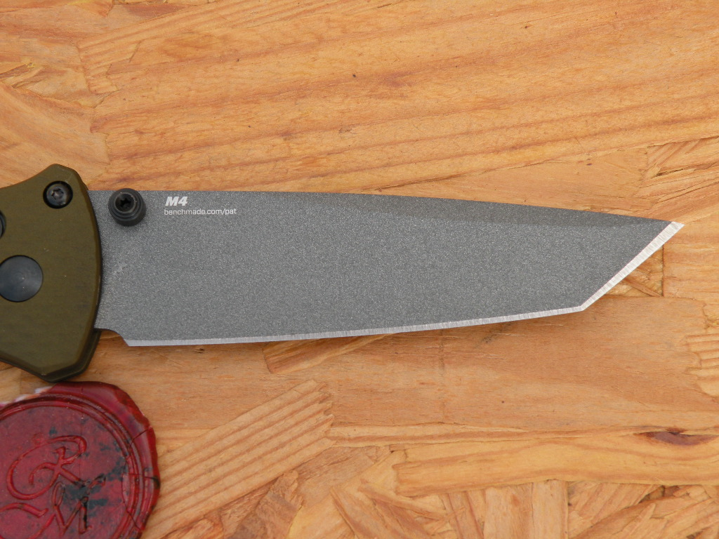 Benchmade 537GY-1 BAILOUT, Tanto, Axis