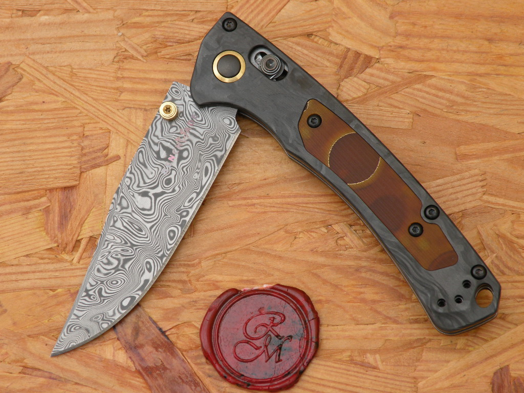 Benchmade 15085-201 MINI CROOKED RIVER, Gold 2020