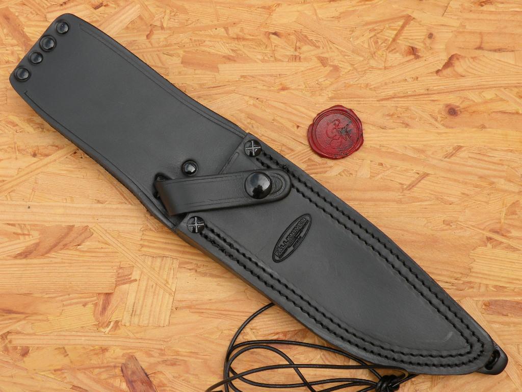 Fällkniven A1BL - Jagd und Outdoormesser mit schwarzer-Klinge